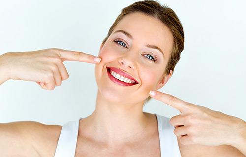 Clínica boutique Dental Madrid – estética dental - Son los tratamientos referidos a la estética de la sonrisa