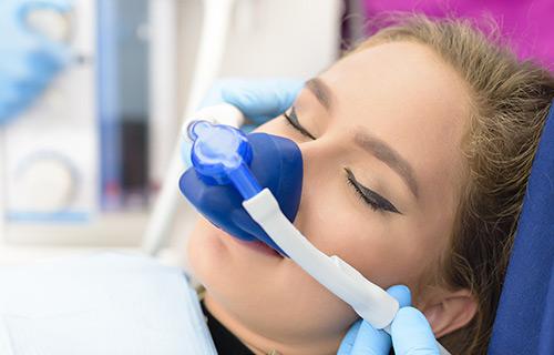 Clínica boutique Dental Madrid – sedación consciente - Clínica boutique Dental Madrid – cirugía bucal - Son todos los tratamientos que implique que te hagamos cualquier tipo de extracción o de operación en el medio oral